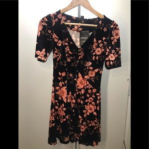NEW Flower Dress 👗